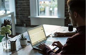 在做网站中选择服务器需要注意哪些问题?